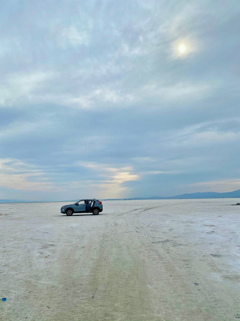 Discover The Allure Of The Bonneville Salt Flats Through Aparna Shewakramani's Lens