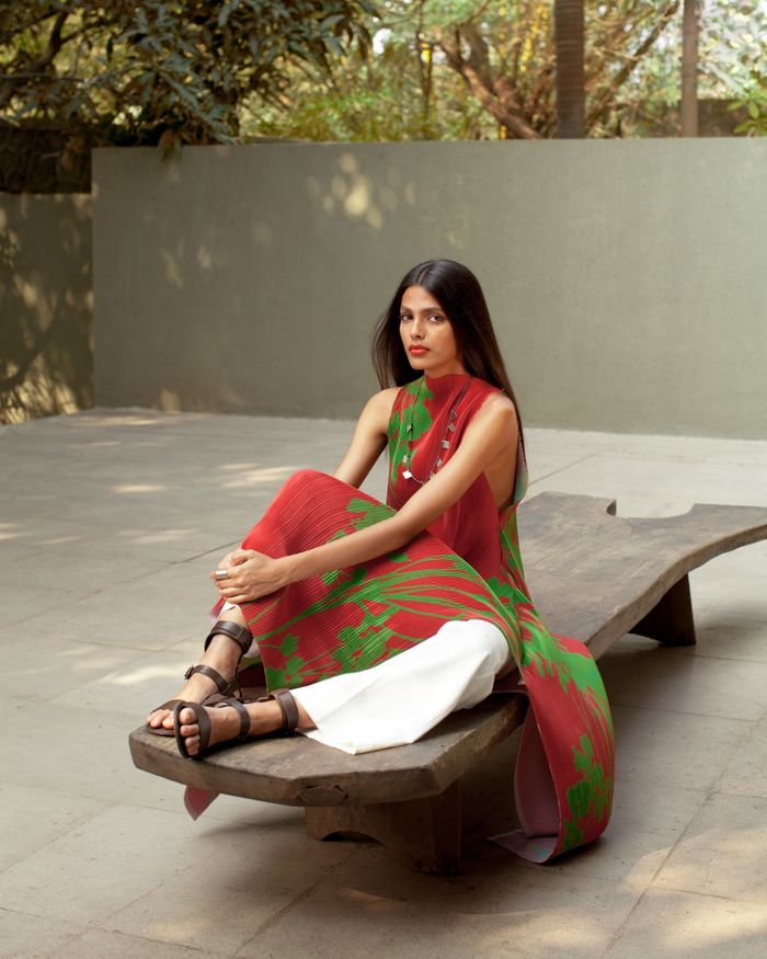Payal Khandwala SS'20 Campaign Images (9) featured in currentMood magazine