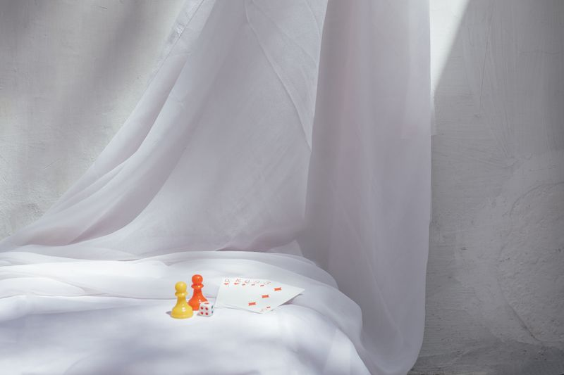 (UN)rest a quarantine photo series by Vriddhi Sawlani on currentMood magazine. Art in the time of corona 11